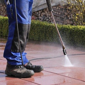 What To Look for In A Pressure Washer