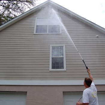 Vinyl Siding Cleaner Application Methods