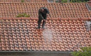 Can You Pressure Wash a Roof Featured