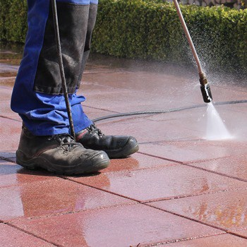 Common Mistakes to Avoid While Pressure Washing
