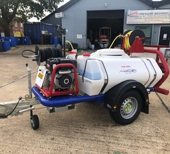 What Are the Essentials for a Pressure Washer Trailer